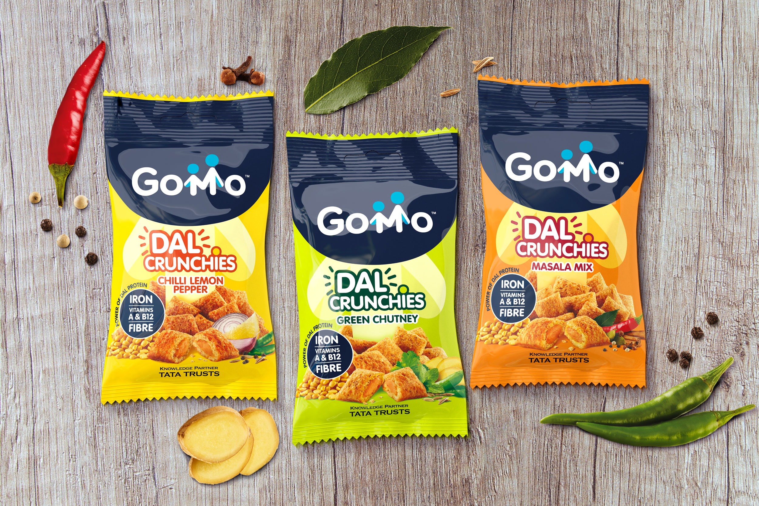Gomo Dal Crunchies packaging design